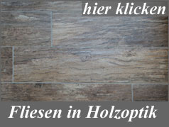 Fliese in rustikaler Holzoptik